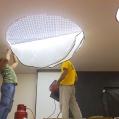 Монтаж светолиодной подсветки для натяжного потолка