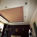 Монтаж полотна в спальне